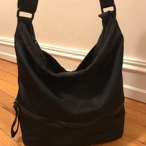 Lululemon Go Lightly Hobo Bag, black 🖤
